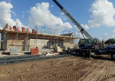Premium Crane putting a building together | Premium Crane | Orlando, Kissimmee and Lakeland Florida | Professional & Ready to Serve