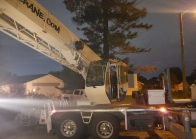 Premium Crane truck at night | Premium Crane | Orlando, Kissimmee and Lakeland Florida | Professional & Ready to Serve